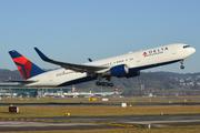 Boeing 767-3P6/ER (N1501P)