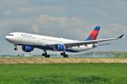 Airbus A330-323X (N817NW)