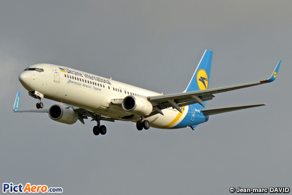 Boeing 737-9KV/ER (Ukraine International Airlines)