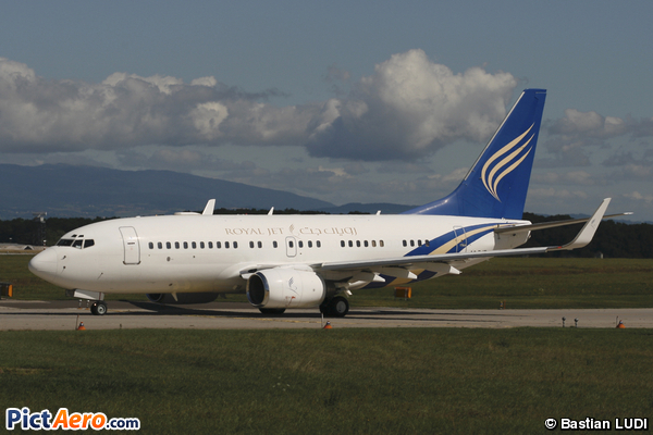 Boeing 737-7Z5/BBJ (Royal Jet)