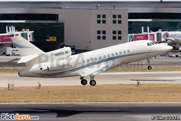 Dassault Falcon 900DX (Private)