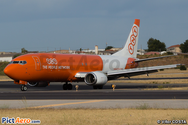 Boeing 737-4Q8(SF) (TNT Airways)