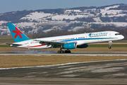 Boeing 757-236 (G-OOOK)