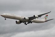 Airbus A340-642X (A6-EHE)
