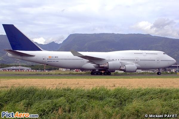 Boeing 747-419 (Wamos Air)