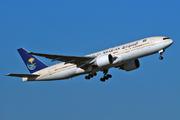 Boeing 777-268/ER (HZ-AKJ)
