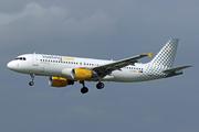 Airbus A320-214 (EC-MAX)