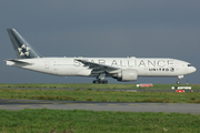 Boeing 777-224/ER (N78017)