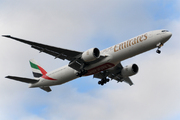 Boeing 777-36N/ER (A6-ECC)
