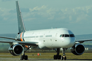 Boeing 757-256 (G-POWH)