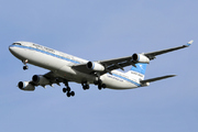 Airbus A340-313 (9K-AND)