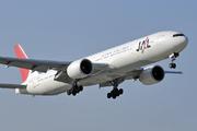 Boeing 777-346/ER (JA733J)
