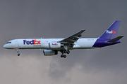 Boeing 757-23A/SF (N919FD)