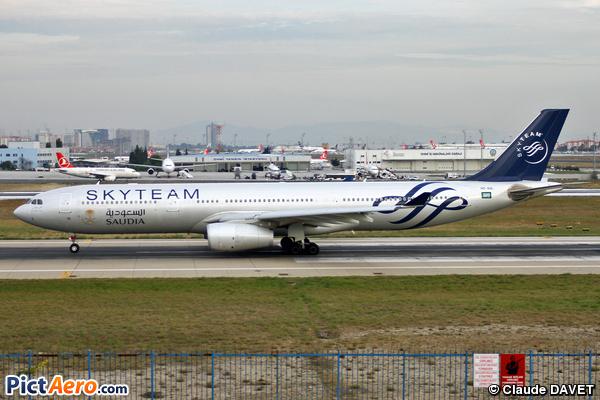 Airbus A330-343 (Saudi Arabian Airlines)