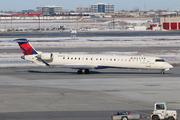 Bombardier CRJ-900 (N138EV)