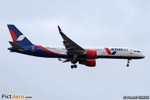 Boeing 757-231 (Katekavia)