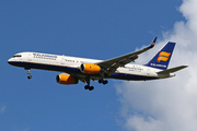 Boeing 757-223(WL) (TF-ISY)