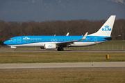 Boeing 737-8K2 (PH-BGB)
