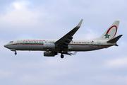 Boeing 737-8B6 (CN-ROE)