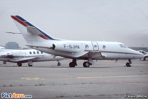 Dassault Falcon 10 (Unijet)