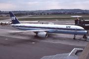 Boeing 757-2G5 (EC-ENQ)
