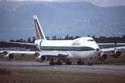 Boeing 747-243B (I-DEMG)
