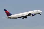 Boeing 767-332/ER (N189DN)