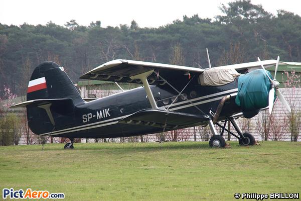 Antonov An-2TP (Private / Privé)