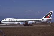 Boeing 747-243B (I-DEML)