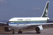 Airbus A300B4-620 (HZ-AJI)