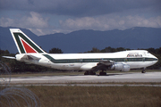 Boeing 747-243B (I-DEMV)