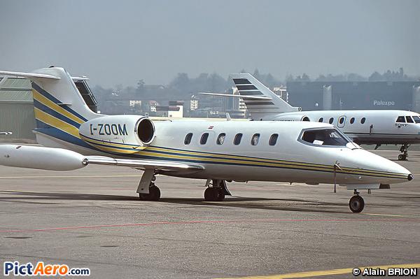Gates Learjet 35A (Aliven)