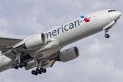 Boeing 777-223/ER (N760AN)
