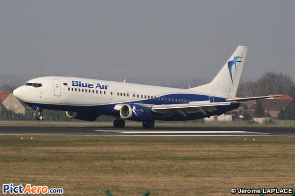Boeing 737-430 (Blue Air)
