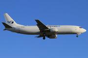 Boeing 737-476/SF (ZK-PAK)