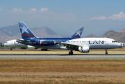 Airbus A320-233 (CC-BAQ)