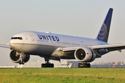 Boeing 777-224/ER (N77019)