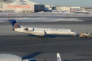 Canadair CL-600-2C10 Regional Jet CRJ-702 (N516LR)