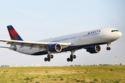 Airbus A330-323X (N821NW)