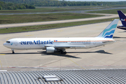 Boeing 767-33A/ER (CS-TRN)