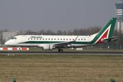 Embraer ERJ-175STD (EI-RDG)