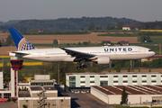 Boeing 777-222/ER (N228UA)