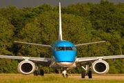 Embraer ERJ-190LR (ERJ-190-100LR) (PH-EZC)