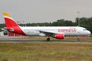 Airbus A320-216/WL (EC-LUS)