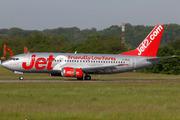 Boeing 737-377 (G-CELG)