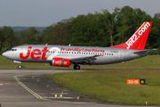 Boeing 737-377 (G-CELS)