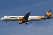 Airbus A321-211 (G-TCDX)