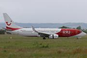 Boeing 737-8K5 (D-ATUZ)