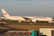 Boeing 777-346/ER (JA743J)