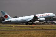 Boeing 777-233/LR (C-FIVK)